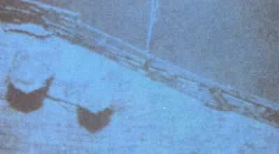 """史上上今天""""泰坦尼克""""号残骸被发现"""
