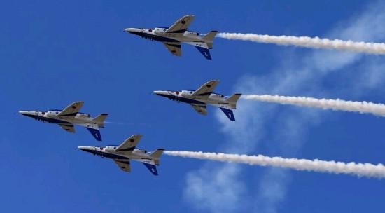 史上最大规模空中梯队:中国抗战70周年阅兵