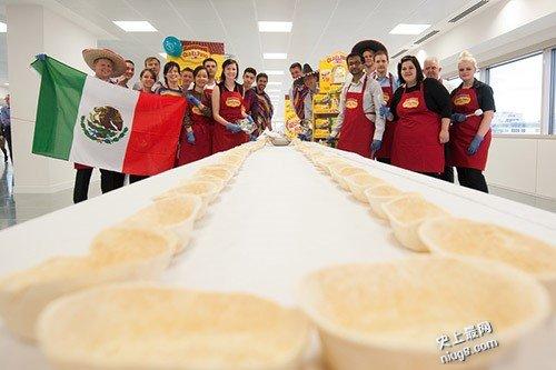 世界最长软皮墨西哥玉米饼排列