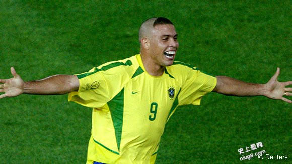 世界杯决赛进球最多的足球运动员-罗纳尔多