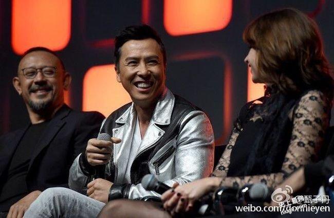 甄子丹與姜文現身倫敦《星球大戰》曬冷玩自拍