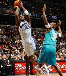 NBA史上十大长老明星是谁?巨星城记乔丹天钩基德创造不老传说