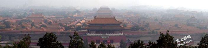 北京故宫红色大门有什么寓意?为什么古宅喜欢朱漆大门?