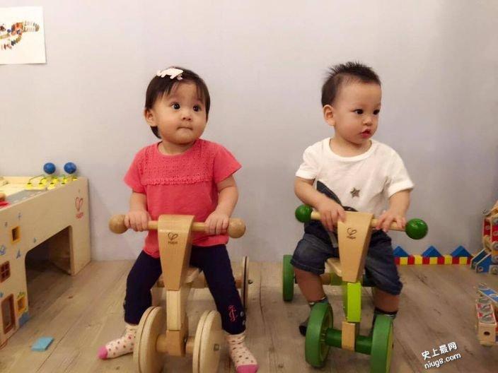 台湾女神徐若瑄贾静雯 儿子李V宝和女儿咘咘抢镜似龙凤胎