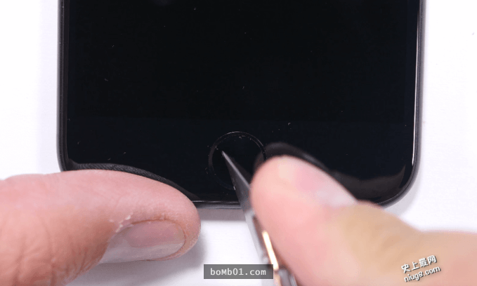 iPhone 7做机身耐刮、火烤与折弯测试,结果让人有点惊讶