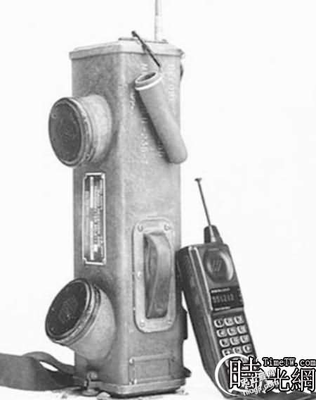 世界第一台手机是谁发明的;移动电话的发展历程?