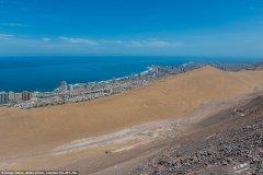 人称『荒漠中的明珠』,智利海岸城市被460公尺高沙丘包围!