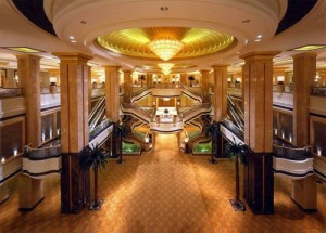 世界上最豪华八星级的酒店-酋长宫殿酒店(Emirates Palace) 阿布扎比酋长国